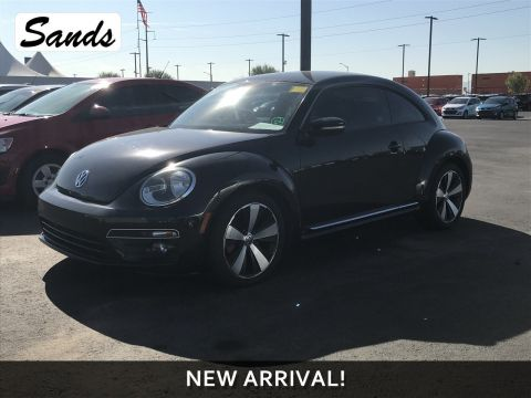 Pre-Owned 2013 Volkswagen Beetle Coupe 2.0T Turbo Fender Edition